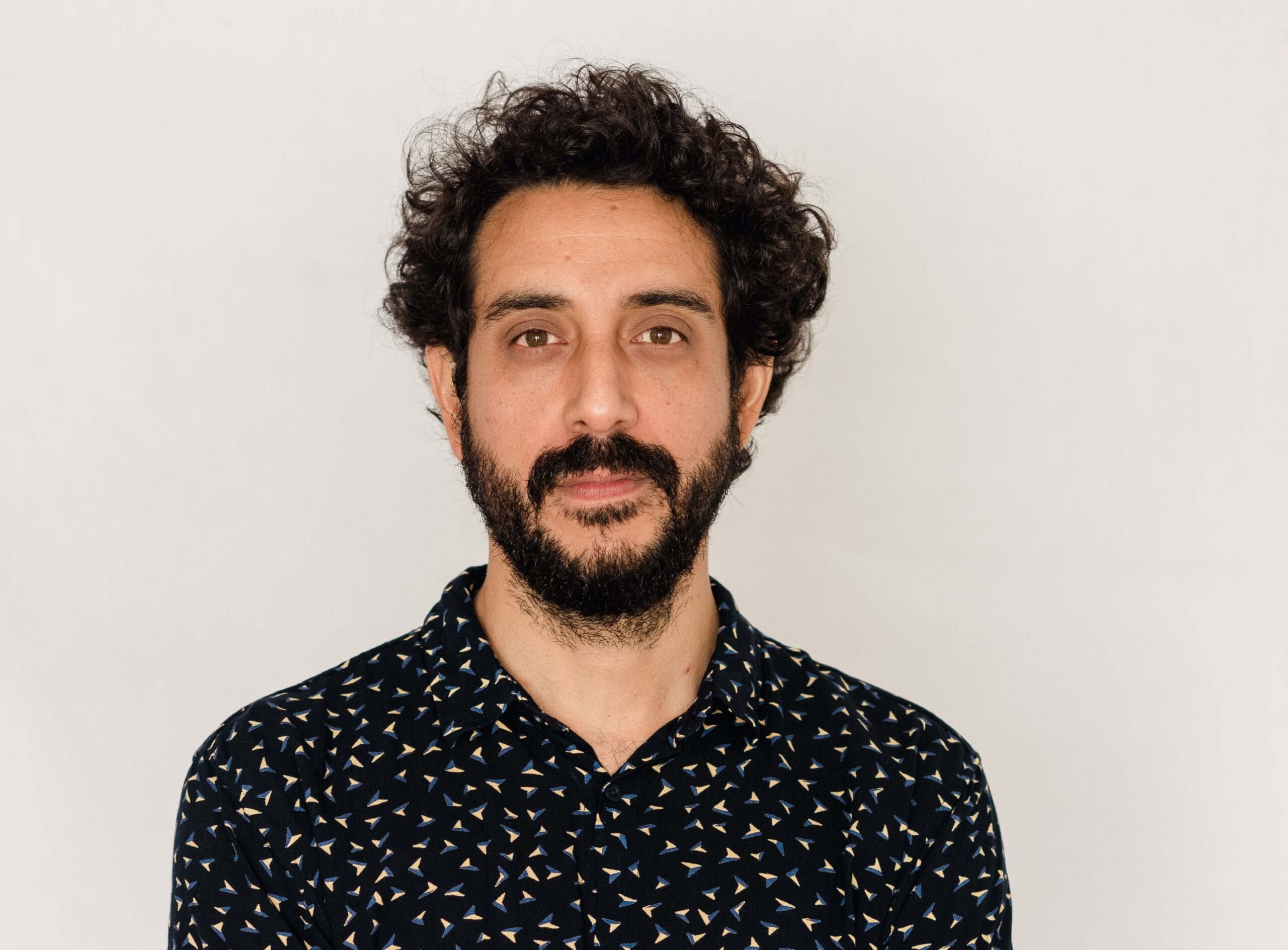 INTERVIEW WITH DIRECTOR HERNÁN VELIT