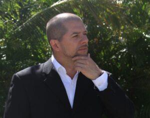 FREE FALL: SCREENPLAY BY RICARDO GOMEZ